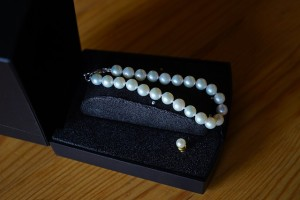 bracelet-737101_640