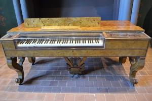 harpsichord-887414_640