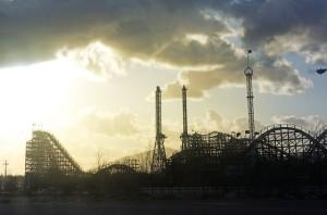 roller-coaster-487994_640